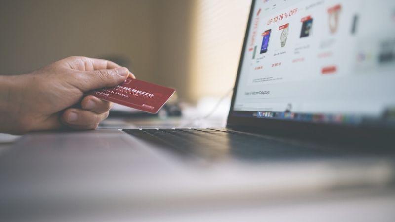 come possono recuperare i soldi le vittime di truffe online